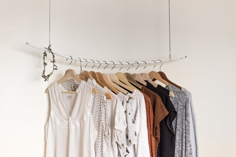 Women's clothing is one of the most profitable niches in luxury fashion dropshipping