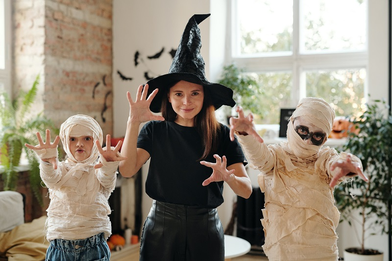 Halloween products are one of the dropshipping niches to avoid