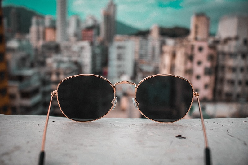 Choose from this list of dropshipping suppliers for sunglasses