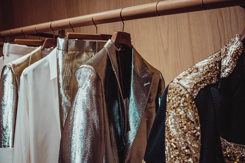 Dropshipping luxury fashion items